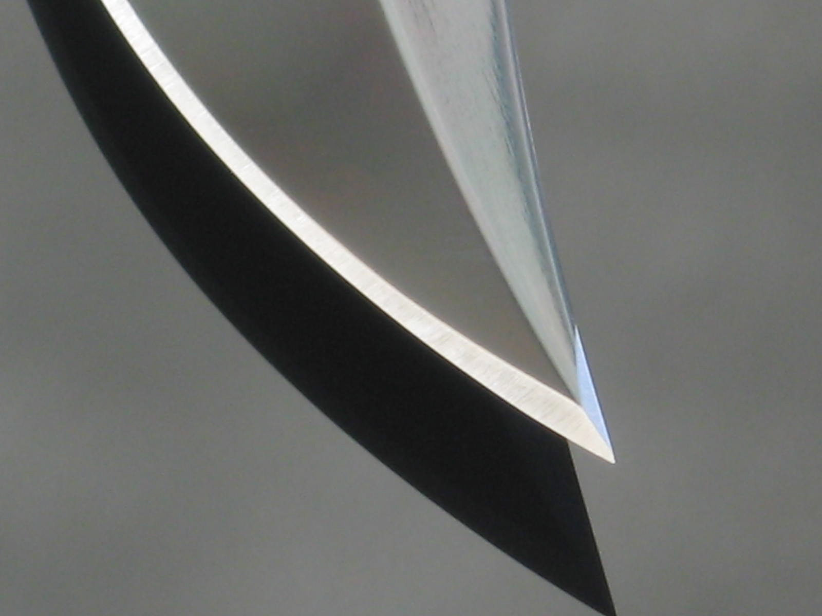 "SOG S1 Bowie faceted tip - Photo: ""Arthur Margain"""