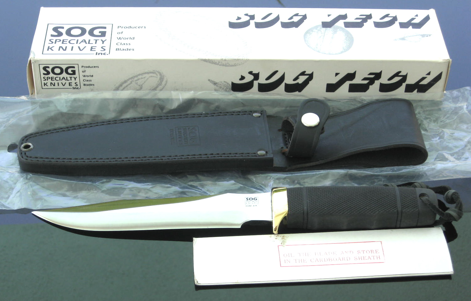 "SOG Tech II what's in box (Photo: ""Arthur Margain"")"