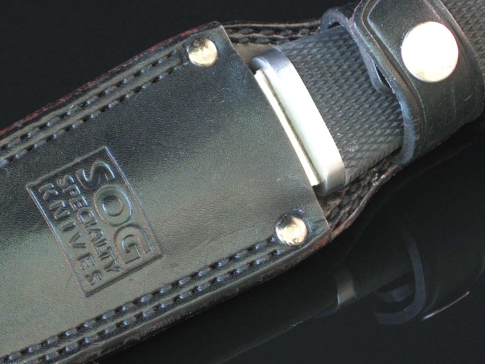 SOG Pentagon in older leather sheath snug fit...  Dagger (Photo: Arthur Margain)
