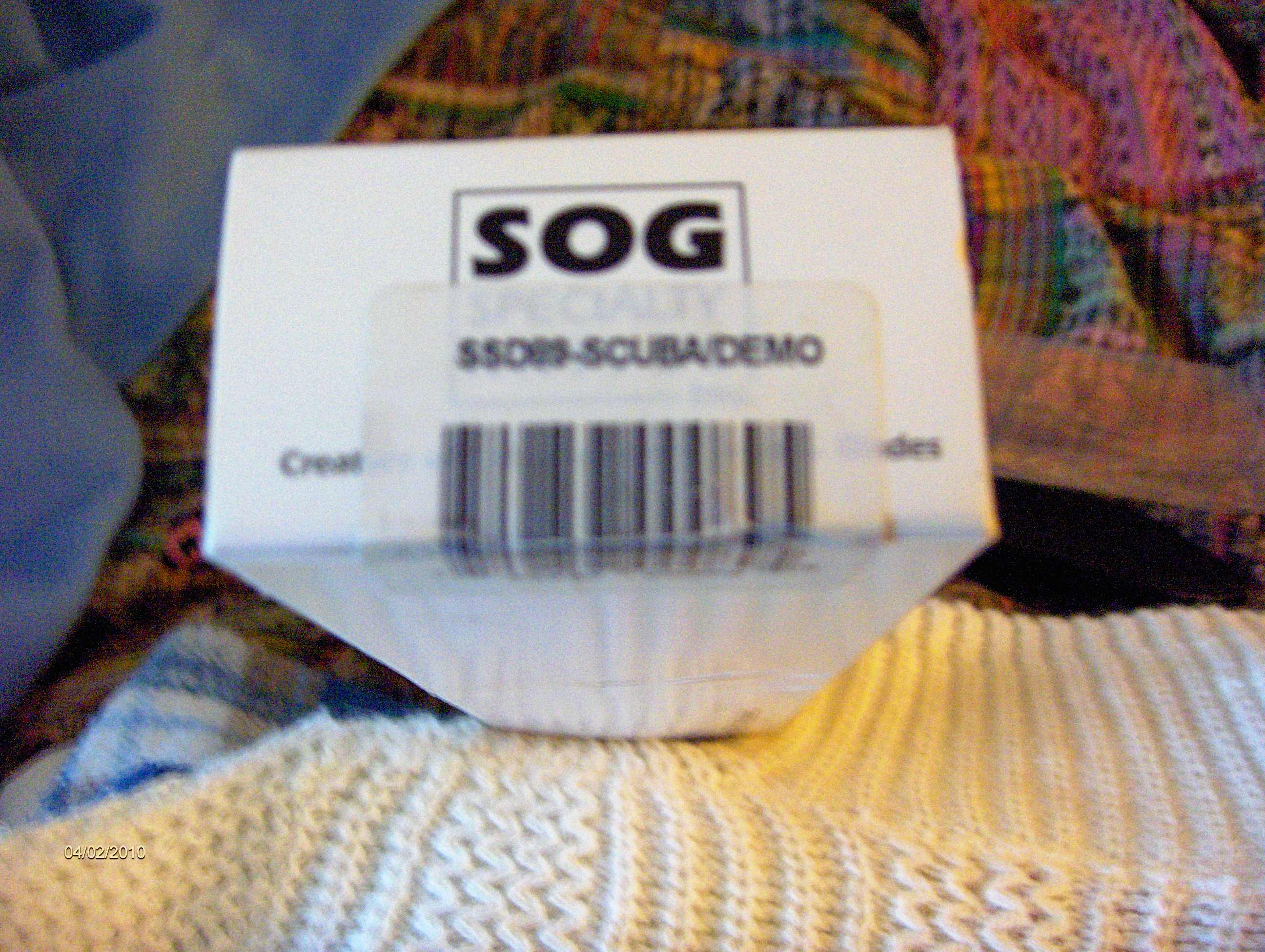 SOG Scuba Demo Box label