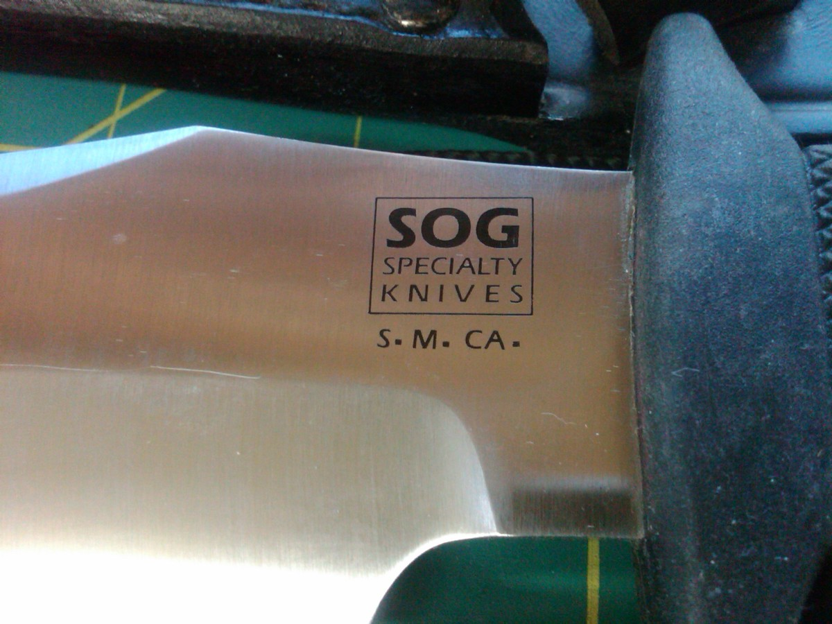 SOG Tigershark SK-5 logo with S.M.CA engraving